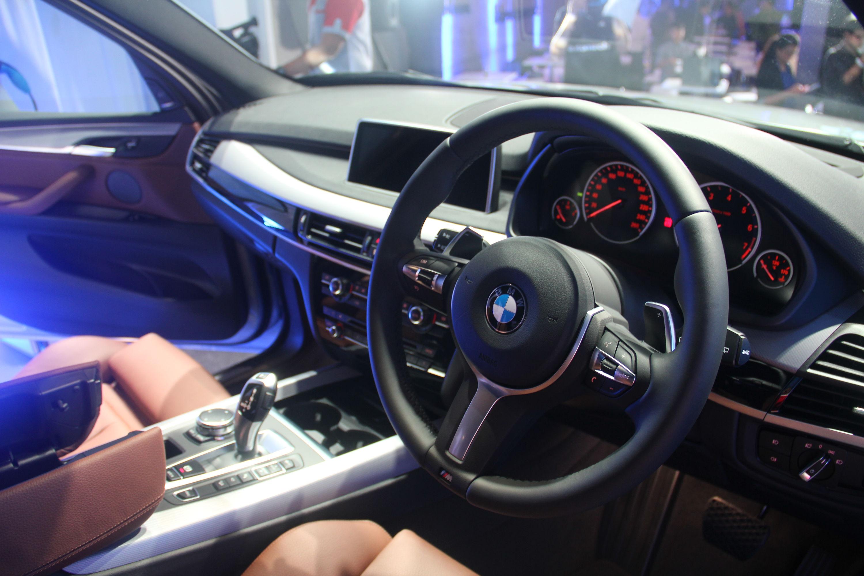 Quick drive in the new BMW X5 xDrive40e plug-in hybrid! – BenAutobahn