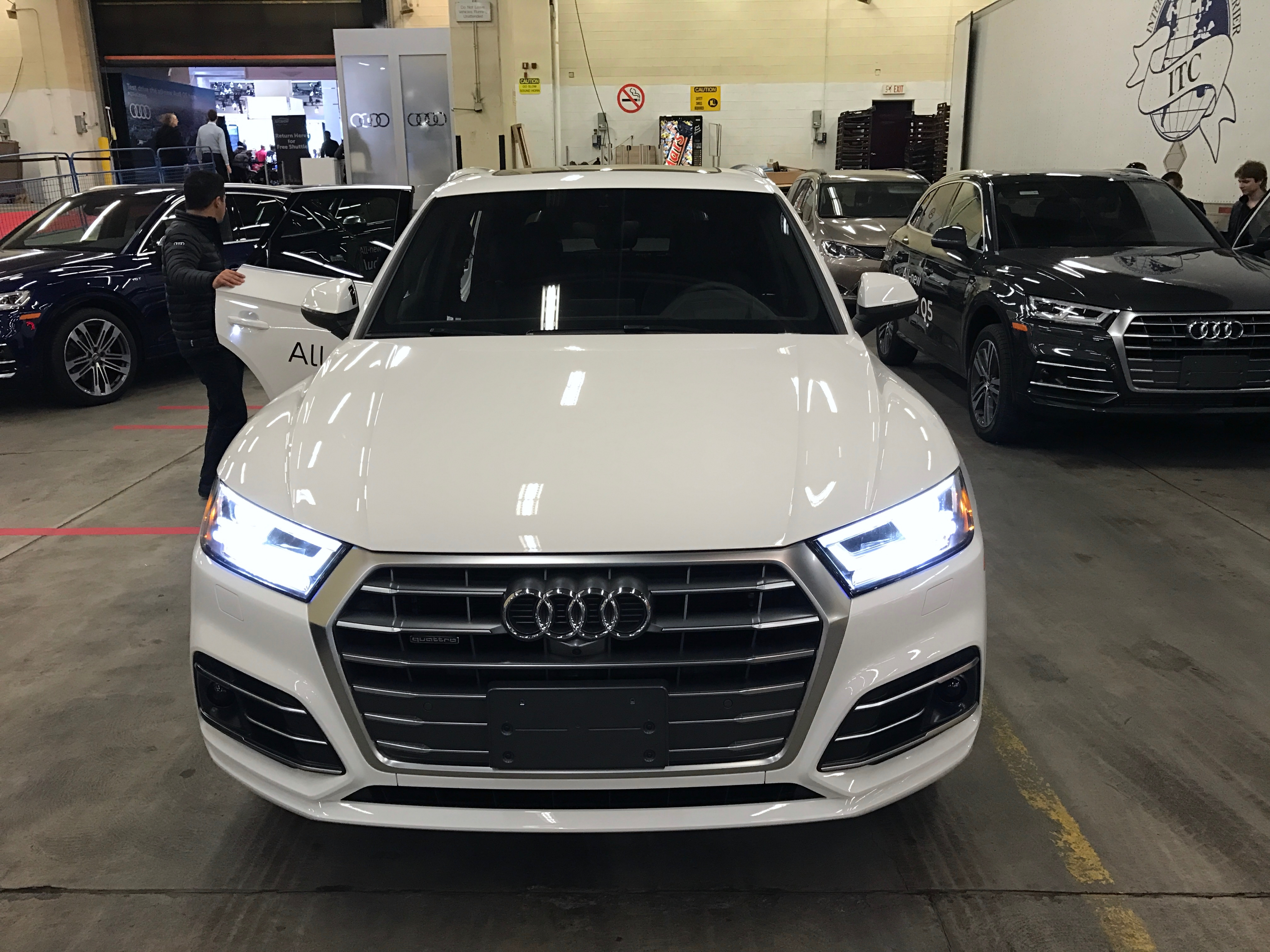 models audi video solid videos suv around an is roadshow still all