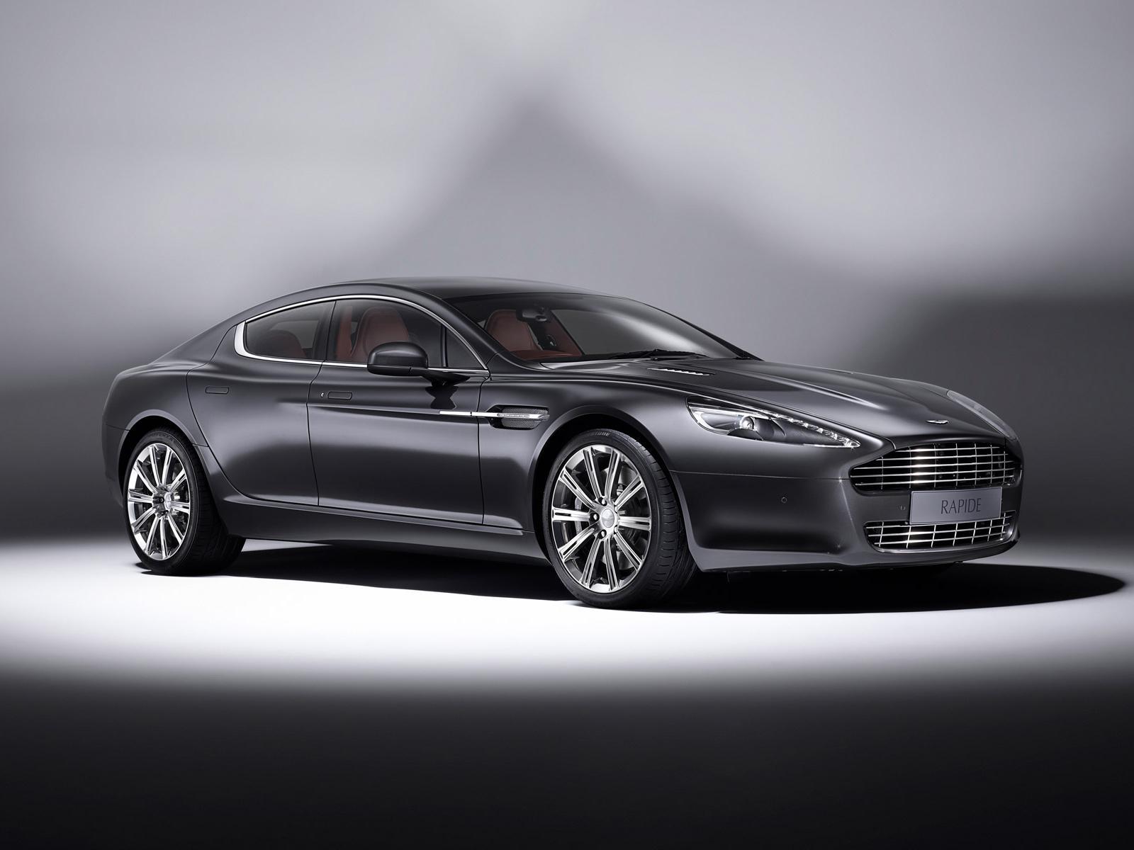 Aston Martin Rapide Luxe 1 Benautobahn